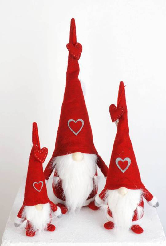 Plush Santa Amore, Red Hat