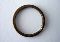 4665 (A) Flat Wire Keyring in Antique Brass
