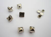 SQUARE Rivet on Stud Y4152