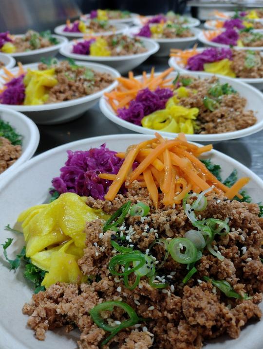 Organic Spiced Tofu Rainbow Bowl with Buckwheat