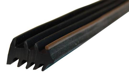 PVC BLACK WEDGE RUBBER - 6MM BROWN-120M