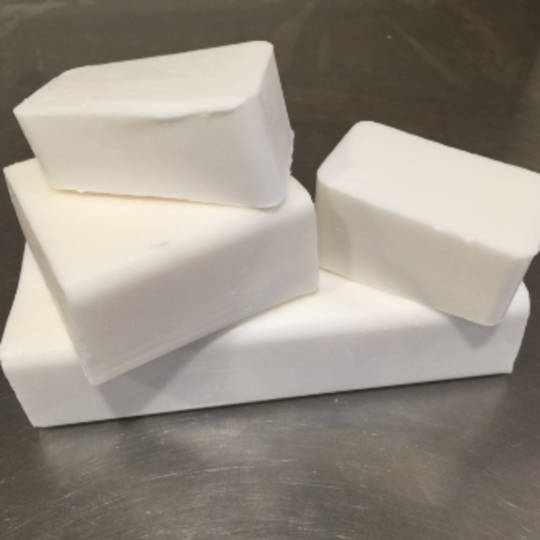 White organic melt & pour soap base