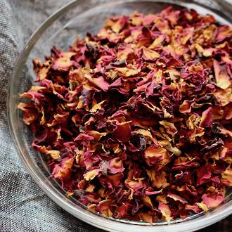 Rose petals, red, certified organic