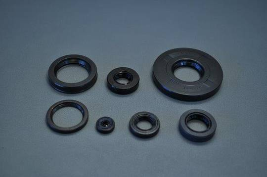 MRS-H75-E116 - CB750 Oil Seal Set