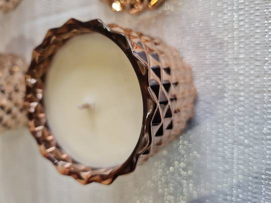Soy fragrant candle (baby geo gloss rose gold)