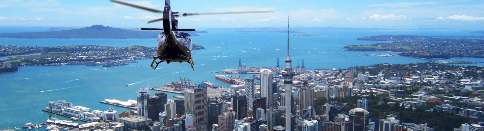 Helicopter Tours Auckland - Helicopter Me
