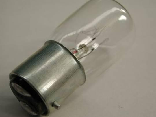 LAMP BC 15W 240V CL (D22)