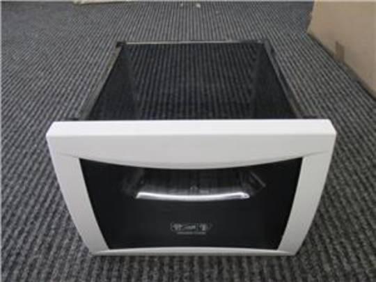 SMEG freezer bin 2nd one up from bottom  SR650XA,
