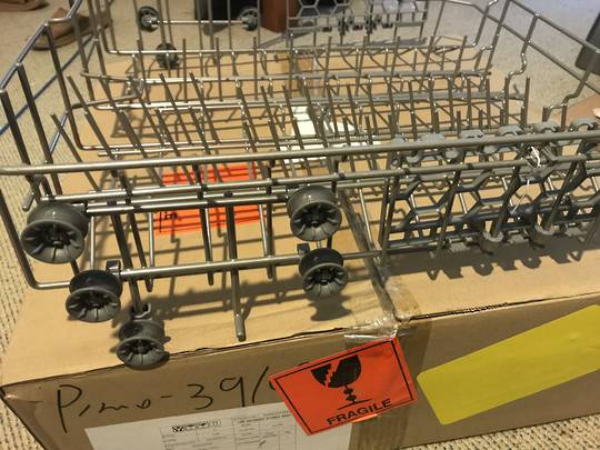 Baumatic Dishwasher Upper Basket, BDW65SS, BDW65W, WITH WHEELS