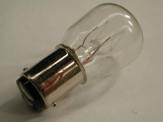 LAMP SBC 15W 240V (B15)