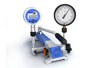 -0.95 to 140 bar Pneumatic Test Pump
