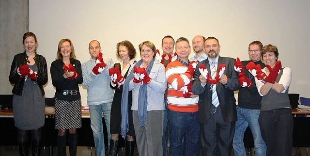 MO delegates with mittens, Nov 10