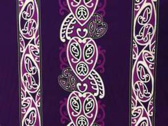 Maori Design (purple background)