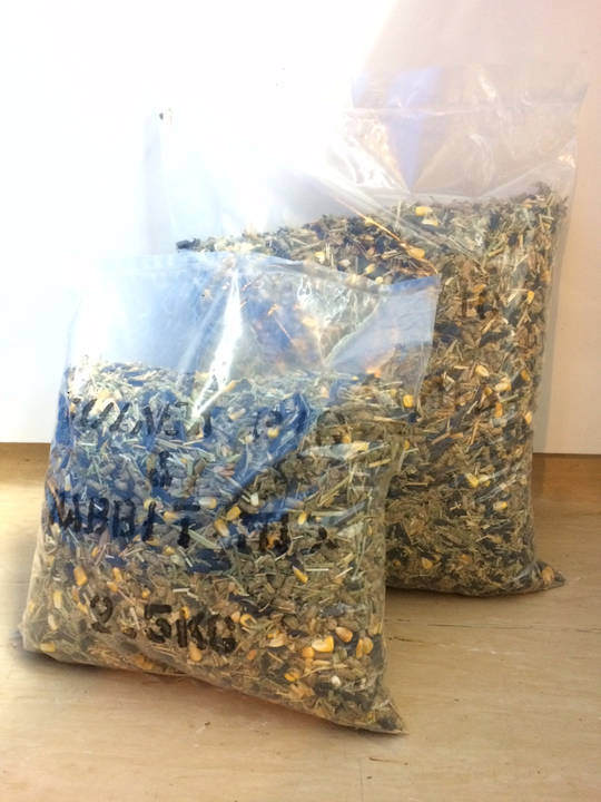 Newton Seed Rabbit & Guinea Pig Mix No Preservatives 2.5kg