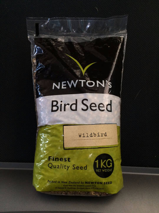 Newton Seed Wild Bird Mix No Preservatives 1kg