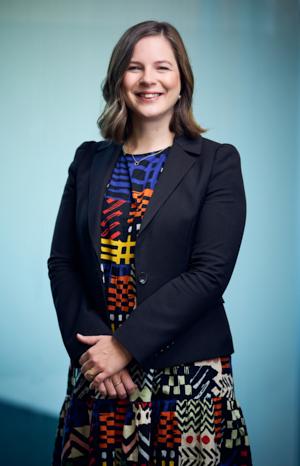 Amy Davison Bio