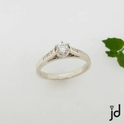 Diamond Simplicity