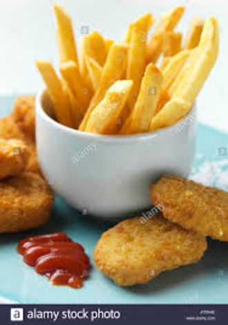 Kids Chicken nuggets and chips
