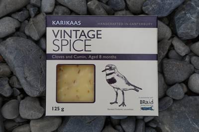 Vintage Spice (Banded Dotterel, tuturiwhatu)