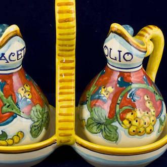 Hand-Painted Ceramics Corallo Oil and Vinegar Set