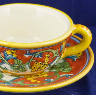 Teacup and Saucer - Corallo