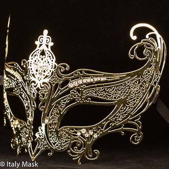 Filigree Masquerade Mask Catwoman Gold