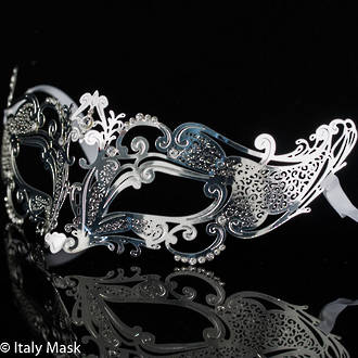 Filigree Masquerade Mask Cleopatra silver