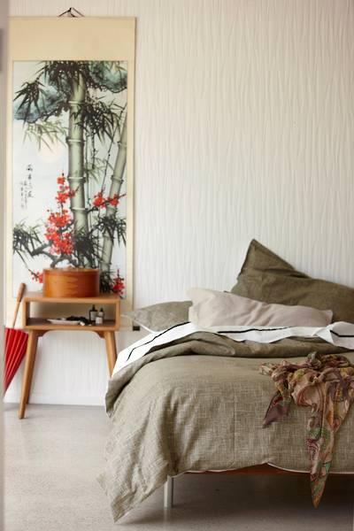 Pair of Gorgi Ikebana Collection Bark Linen Lodge Sized Pillowcases
