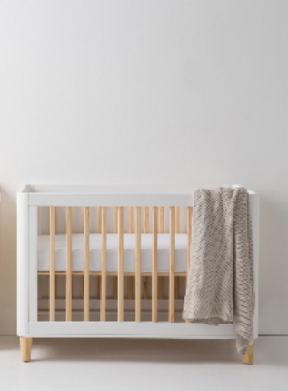 White Teeny cot