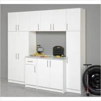 Deluxe Garage Workshop / Laundry Unit