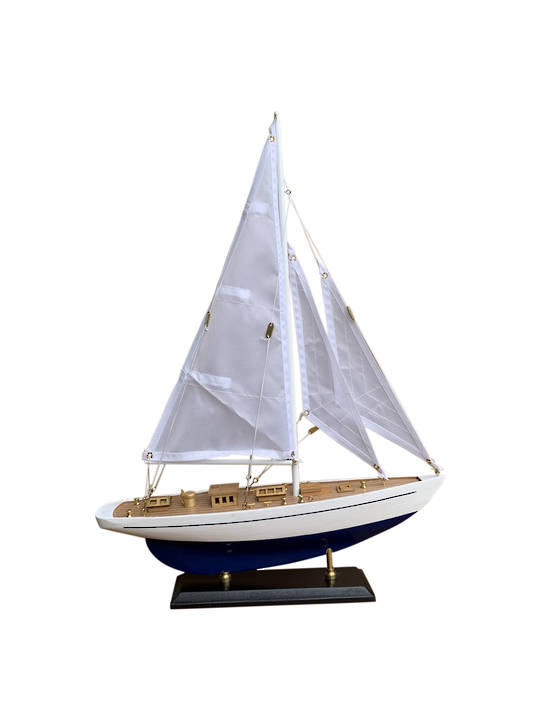 CUTTER SAILING YACHT SMALL