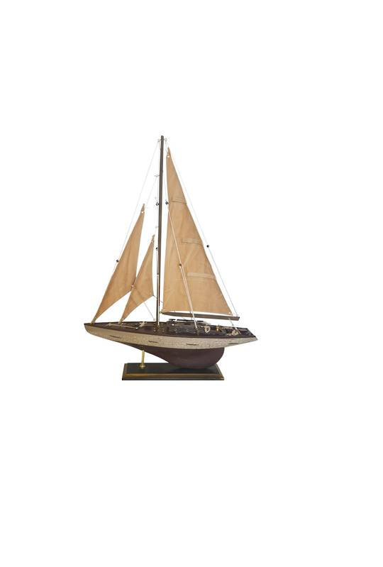 MODEL SAILING YACHT SMALL