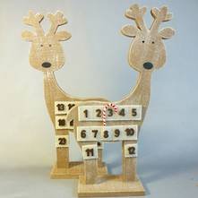 WOODEN DEER ADVENT CALENDER (12)