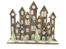 69CML LARGE NATURAL WOODEN VILLAGE WITH LIGHTS