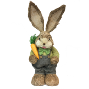 STRAW BOY BUNNY HOLDING CARROT