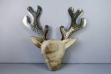 33CMH DEER HEAD WITH METAL ANTLERS