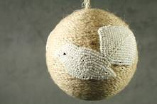 JUTE BALL WITH WHITE BEADED FANTAIL (6)