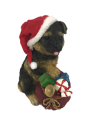 22CMH RESIN GERMAN SHEPERD IN SANTA HAT
