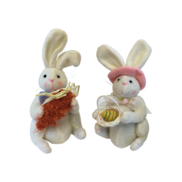 PAIR BOY/GIRL SQUATTING WHITE BUNNIES  (4)