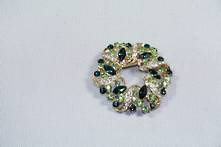 DOZEN GREEN DIAMANTE WREATH HANGING DECORATION