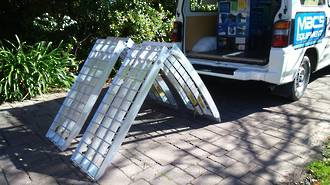 """716HFRS USA Aluminium Ramps (Single) Arched Folding.Total Capacity 680Kg. Each Ramp :2.2M (7Ft) Long x 406mm (16"""") Wide"""