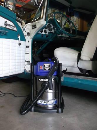 KKP702 Kincrome Wet & Dry Garage Vacuum 20L 240V/1250W