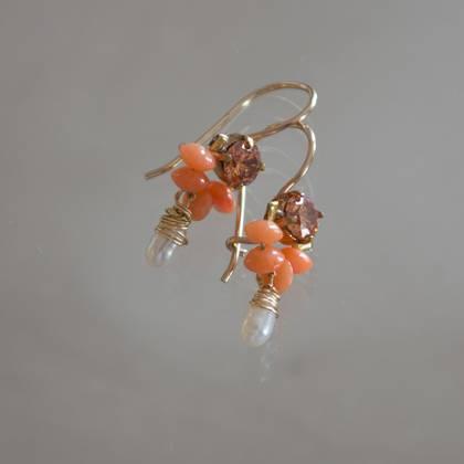 Earrings Dancer coral, crystal, pearl - n° 304