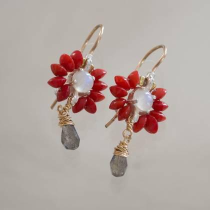 Earrings Flower mini coral, labradorite - n° 287