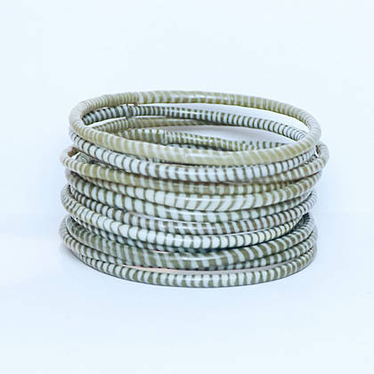 Jokko Bracelets from Mali Africa - set of 6 White / Chocolate