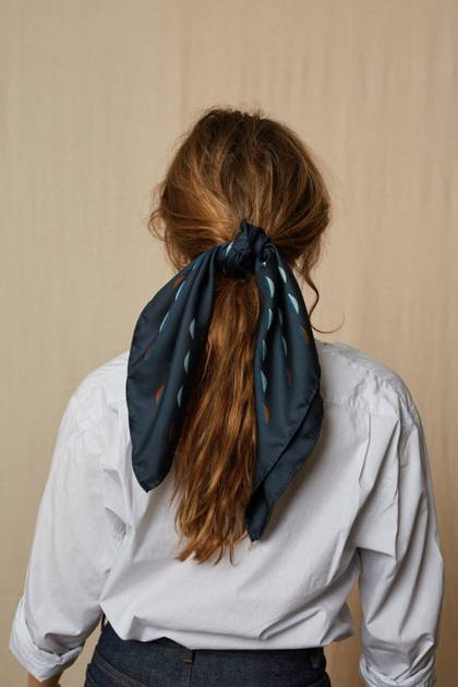 Moismont Scarf - design n° 435 - Japan Blue