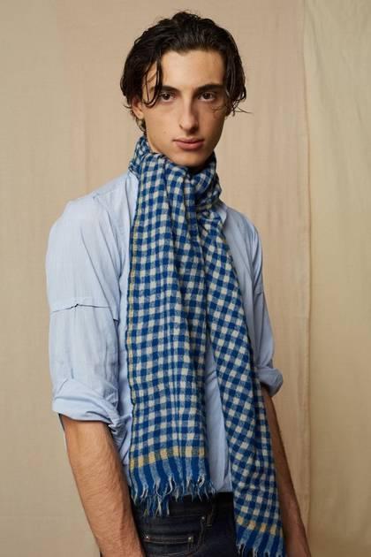 Moismont Scarf - design n° 469 - Japan Blue