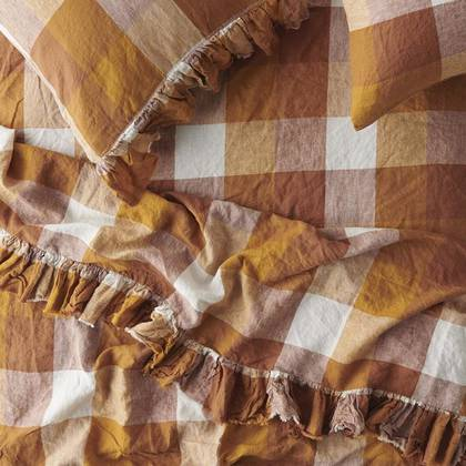Biscuit Ruffle Flat Sheet - One size (sold out)