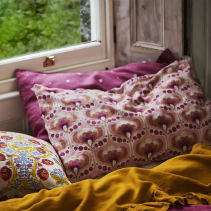 Kitty Floral standard Pillowcase - set of 2