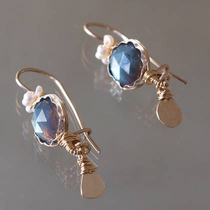 Earrings Crown labradorite, pearls - n° 136 (on hold)